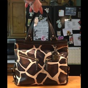 D&B Giraffe Print Leather Shoulderbag Tote